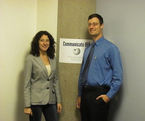 Sara_and_Pete%2C_Communicate_OER