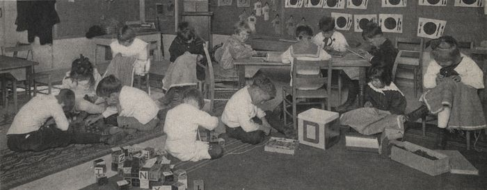 Miss Boyer's Kindergarten Class, 1917