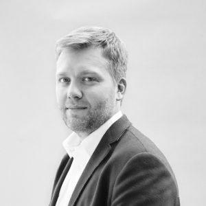 Image of Alek Tarkowski
