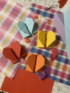 Valentine paper craft by Alison Pearce CC0